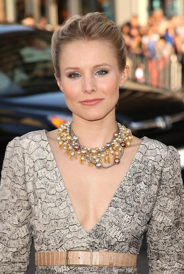 "<a href=""http://movies.yahoo.com/movie/contributor/1808491155"">Kristen Bell</a> at the Los Angeles premiere of <a href=""http://movies.yahoo.com/movie/1810044687/info"">The Hangover</a> - 06/02/2009"