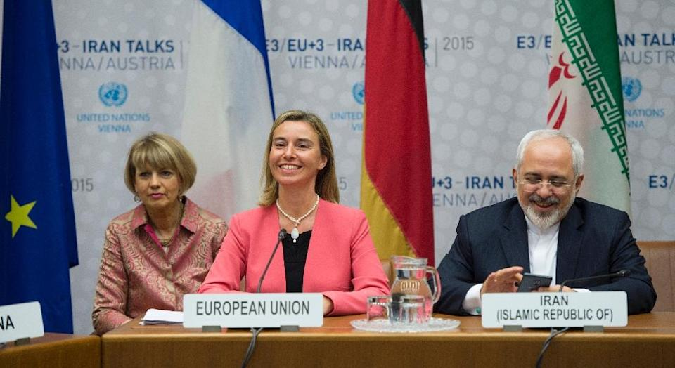 European Union foreign policy chief Federica Mogherini (centre) attends a plenary session at the United Nations building in Vienna, on July 14, 2015 (AFP Photo/Joe Klamar)