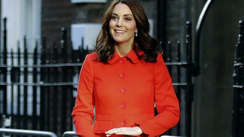 kate middleton a fait don de ses cheveux aux enfants malades du cancer. Black Bedroom Furniture Sets. Home Design Ideas