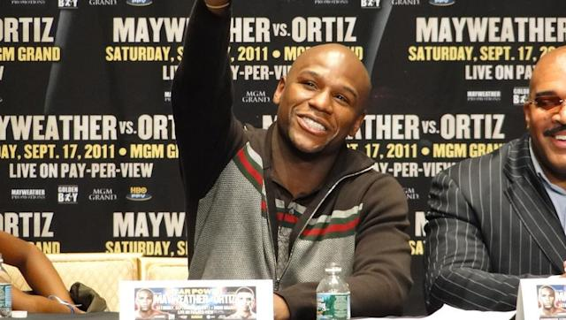 Star Boxing superstar Floyd Mayweather has entered a very different ring, after suggesting he could be interested in launching a takeover bid of Premier League outfit Newcastle United. The 41-year-old, who retired from boxing with a flawless fighting record of 50-0, is currently understood to be undergoing MMA training in an attempt secure another big money fight against the UFC's lightweight champion, Conor McGregor. #MCM Mayweather Crushes McGregor. pic.twitter.com/i6p1K2QjGG — Floyd...