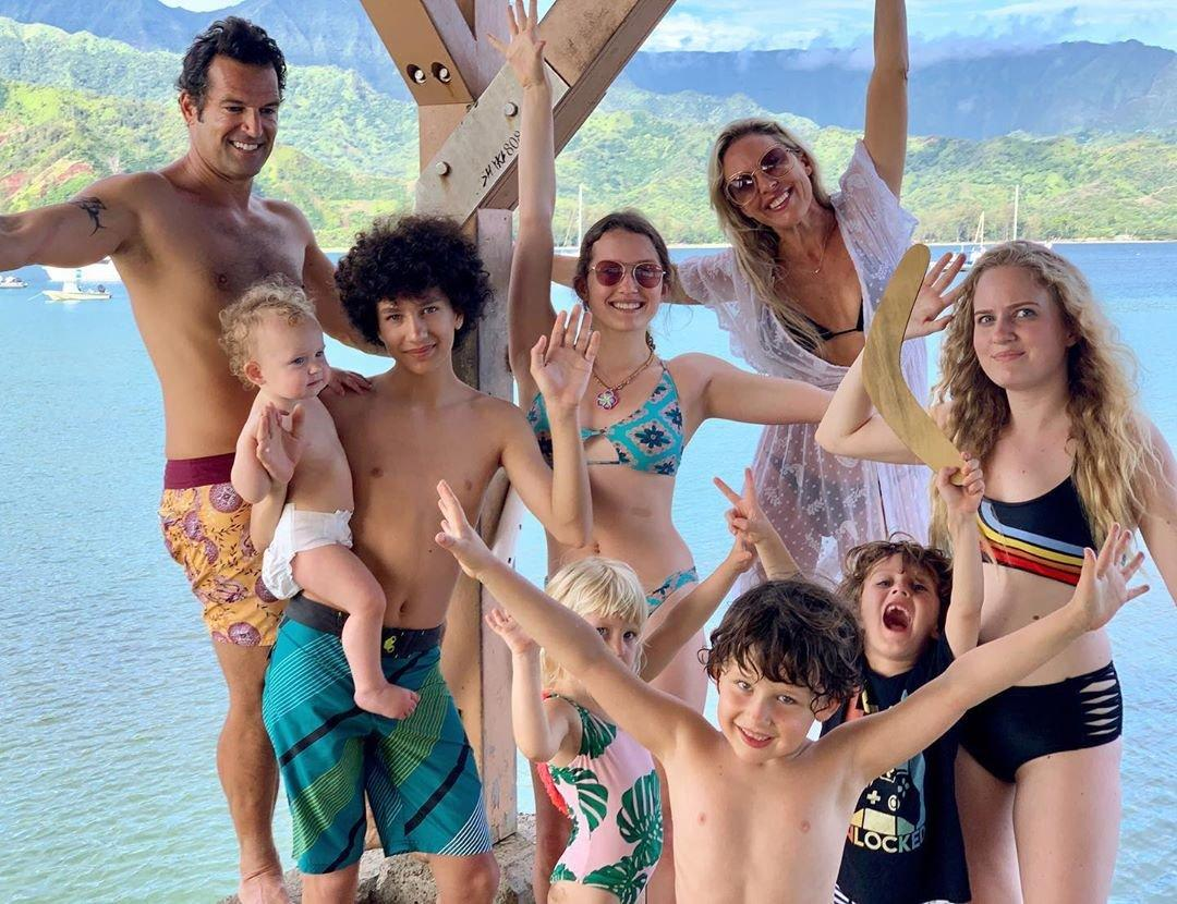 "The <a><em>Real Housewives of Orange County</em></a> star, 41 shares seven kids — daughters Bella, 19, and Rowan, 17; son Jacob, 14; 6-year-old twin boys Caden and Curran; daughter Koa, 4; and 1-year-old baby daughter Hazel — with husband Sean. And she's picked up a few tips on trips to Miami, Hawaii, New York City and London.  The ""number one item"" in her bag? Duct tape.  ""Don't leave home without it,"" Windham-Burke says. ""I bring it on the airplane so that I can tape the tray table shut. If anything breaks, like a stroller or a suitcase, duct tape will fix it. There is literally nothing it can't do."""