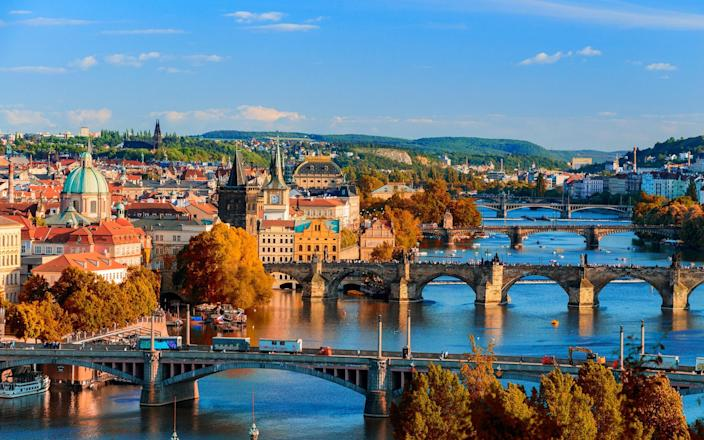 From historic castles and heritage buildings to indie galleries and buzzing bars, Prague has it all - DaLiu