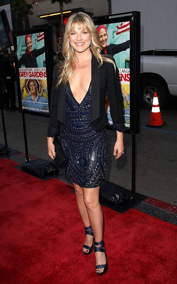 """Obsessed"" star Ali Larter dared to bare all in this plunging v-neck dress. If you've got it, flaunt it! Jason Merritt/<a href=""http://www.gettyimages.com/"" target=""new"">GettyImages.com</a> - April 16, 2009"