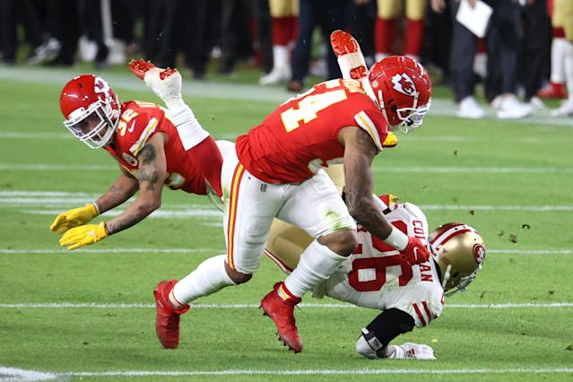 MIAMI, FLORIDA - FEBRUARY 02: Tevin Coleman #26 of the San Francisco 49ers runs with the ball against the Kansas City Chiefs during the second quarter in Super Bowl LIV at Hard Rock Stadium on February 02, 2020 in Miami, Florida. (Photo by Al Bello/Getty Images)
