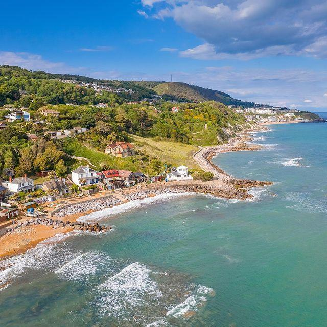 """<p>Although a few of the island's most popular beaches are busy with excited children and happy campers during the summer months, there are plenty of tranquil coves to visit on a relaxing day out. </p><p>Brooke Chine is great for watching the kite surfers, you can feel the wind in your hair at Yaverland, have some solitary time at Binnel Bay, feel like one of the Famous Five at at Orchard Bay. Or descend a verdant incline to soak up the remote - and appropriately-named - Steephill Cove.</p><p><a class=""""link rapid-noclick-resp"""" href=""""https://go.redirectingat.com?id=127X1599956&url=https%3A%2F%2Fwww.booking.com%2Fregion%2Fgb%2Fisle-of-wight-county.en-gb.html%3Faid%3D2070935%26label%3Disle-of-wight-things-to-do&sref=https%3A%2F%2Fwww.countryliving.com%2Fuk%2Ftravel-ideas%2Fstaycation-uk%2Fg36260567%2Fisle-of-wight-things-to-do%2F"""" rel=""""nofollow noopener"""" target=""""_blank"""" data-ylk=""""slk:SEARCH FOR PLACES TO STAY"""">SEARCH FOR PLACES TO STAY</a></p><p><a href=""""https://www.instagram.com/p/CAaJ1scJSM6/"""" rel=""""nofollow noopener"""" target=""""_blank"""" data-ylk=""""slk:See the original post on Instagram"""" class=""""link rapid-noclick-resp"""">See the original post on Instagram</a></p>"""