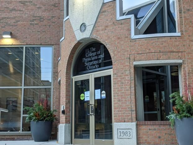 The College of Physicians and Surgeons of Ontario has suspended the licence of Dr. Chris Anjema for four months. (Matthew Pierce / CBC - image credit)