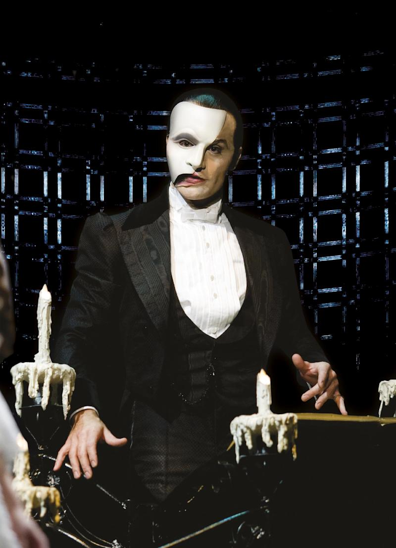 "In this image released by Rubinstein Public Relations, Ramin Karimloo portrays the Phantom in a scene from the ""The Phantom of the Opera"" sequel ""Love Never Dies.""  A broadcast of ""Phantom of the Opera"" starring Karimloo is planned on Oct. 2, 2011 from London's Royal Albert Hall. (AP Photo/Rubinstein Public Relations, Catherine Ashmore)"