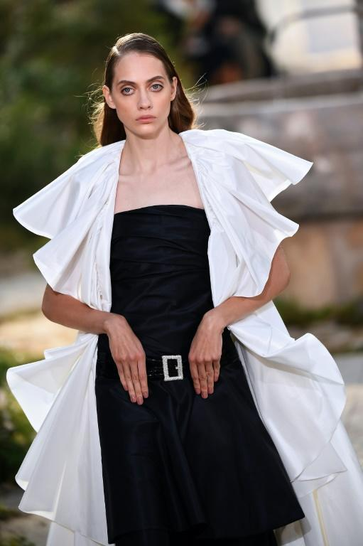 Convent chic: One of several looks inspired by nun's habits in Chanel's haute couture Paris show (AFP Photo/CHRISTOPHE ARCHAMBAULT )
