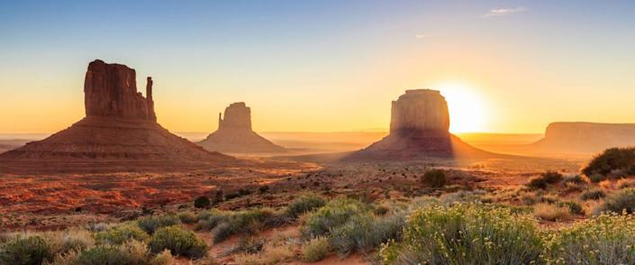 <cite>f11photo / Shutterstock</cite> <br>Monument Valley, Arizona<br>