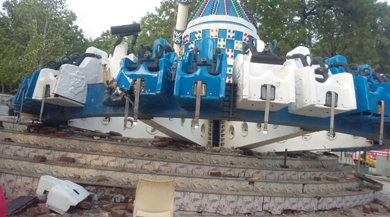 ahmedabad joyride collapse, kankaria joyride collpase, Kankaria Adventure park, ahmedabad adventure park, joyride collpase, ahmedabad joyride collapse. gujarat joyride collpase, death in ahmedabad joyride collpase, indian express