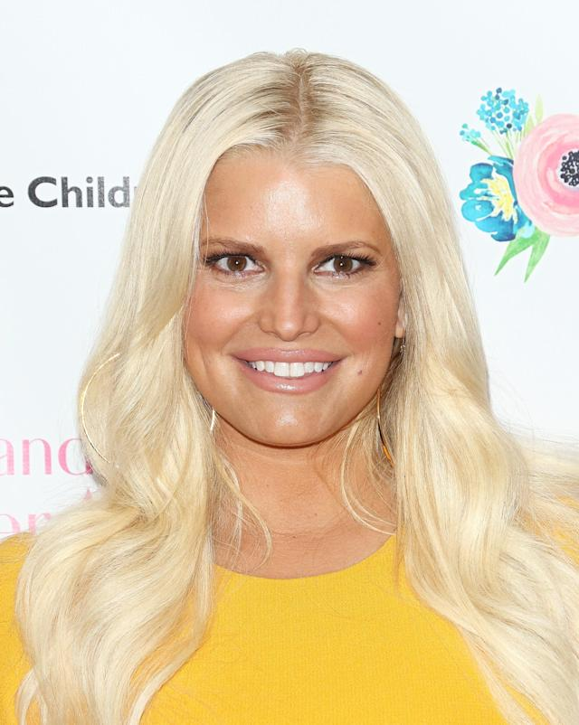Jessica Simpson's family pic has drawn criticism. (Photo: Jim Spellman/WireImage)