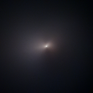 This image of comet C/2020 F3 (NEOWISE) was taken by the Hubble Space Telescope on Aug. 8, 2020. / Credit: NASA, ESA, A. Pagan (STScI), and Q. Zhang (Caltech)