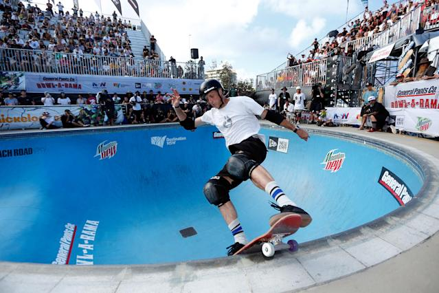 It didn't take long for a fan to spot Tony Hawk on his skateboard. (Getty Images)