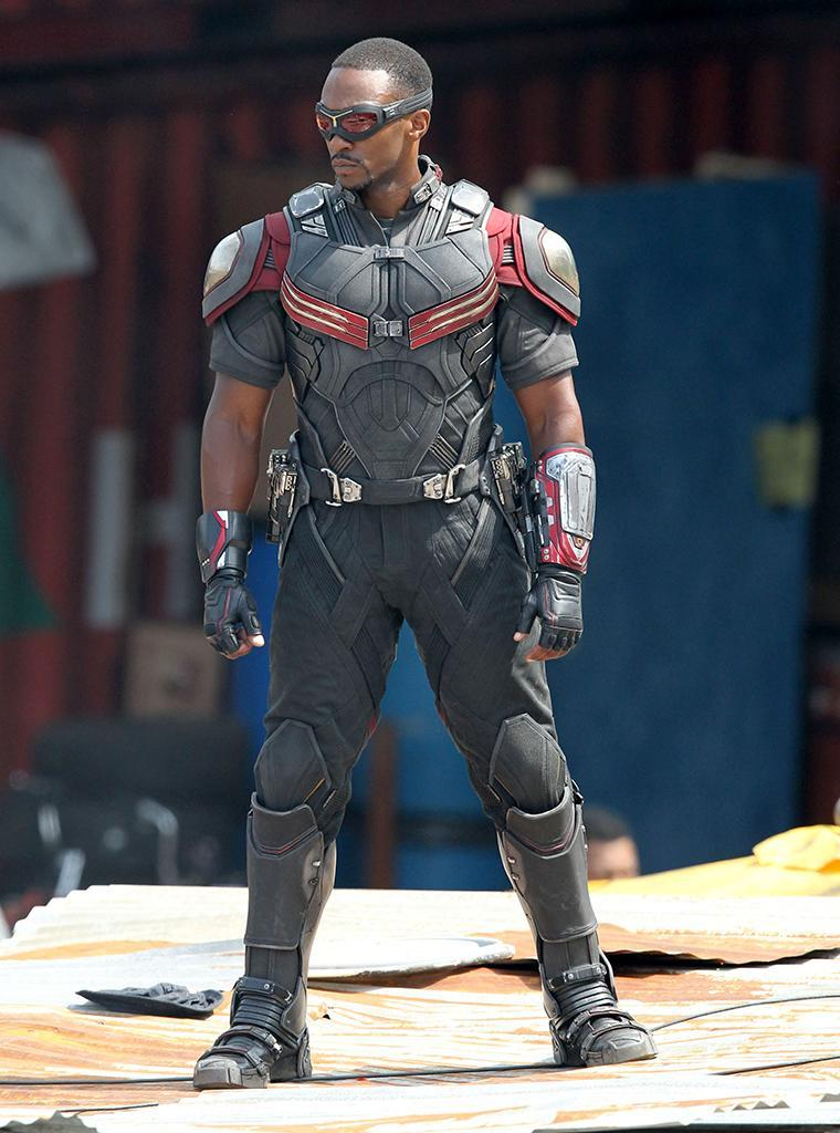 Anthony Mackie strikes a pose as Falcon. Look, no wires!