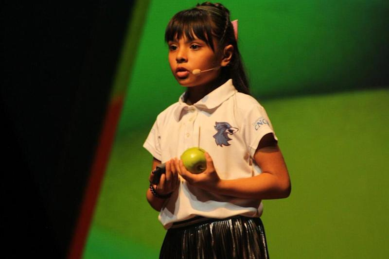 8-Year-Old Mexican Girl, Who Was Bullied and Labeled 'Weird,' Has Higher IQ Than Einstein: Report