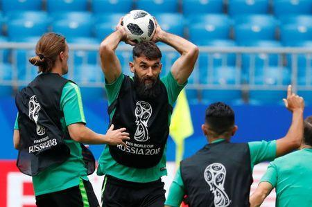 Soccer Football - World Cup - Australia Training - Samara Arena, Samara, Russia - June 20, 2018 Australia's Mile Jedinak during training REUTERS/David Gray