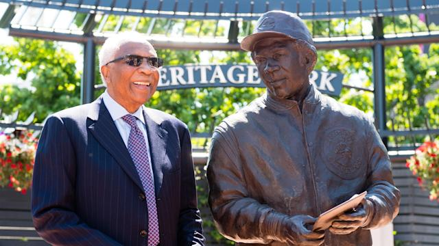 The MLB announced Frank Robinson's death following a prolonged illness on Thursday.