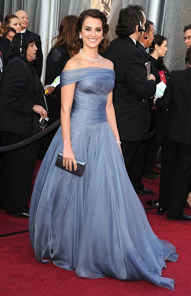 HOLLYWOOD, CA - FEBRUARY 26:  Actress Penelope Cruz arrives at the 84th Annual Academy Awards held at the Hollywood & Highland Center on February 26, 2012 in Hollywood, California.  (Photo by Steve Granitz/WireImage)