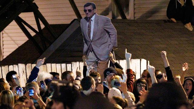 Joe Paterno Assistant Who Reported Alleged Penn State Child Sex Assault Gets 'Multiple Threats'