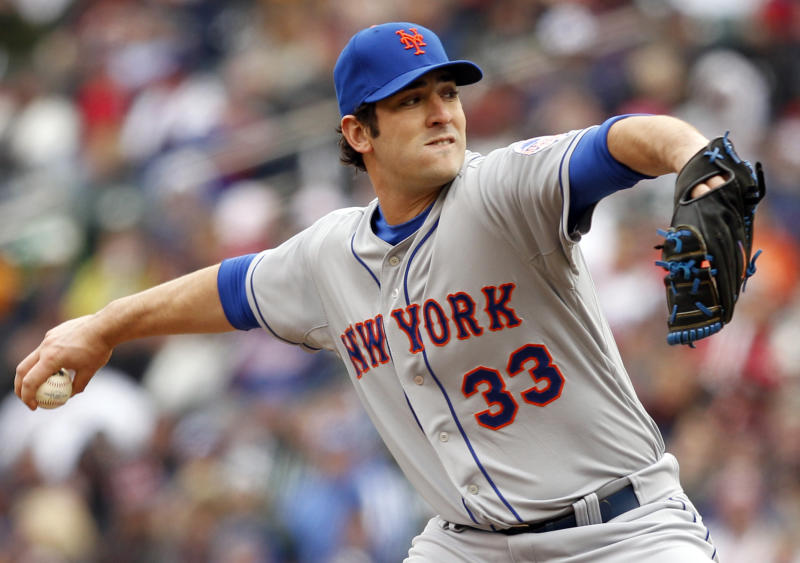 New York Mets starting pitcher Matt Harvey throws against the Minnesota Twins during the first inning of a baseball game Saturday, April 13, 2013, in Minneapolis. (AP Photo/Genevieve Ross)
