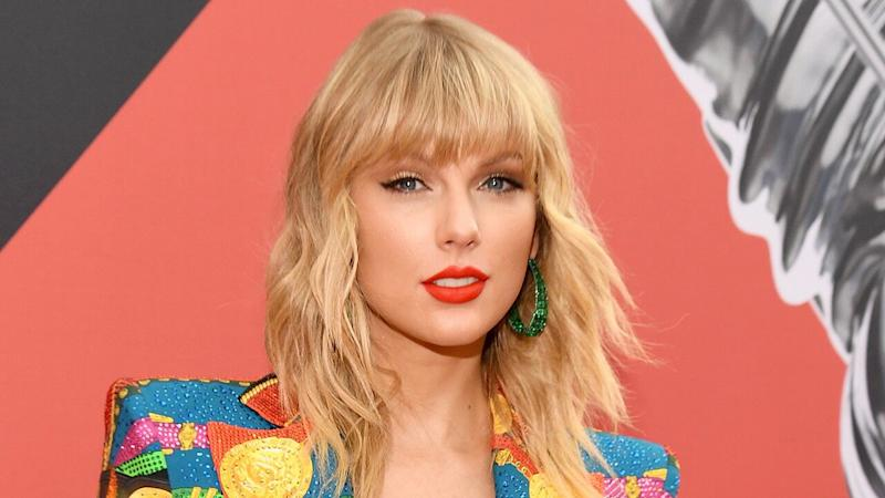 Taylor Swift Cancels Australian Horse Racing Gig After Animal Rights Activists' Outcry