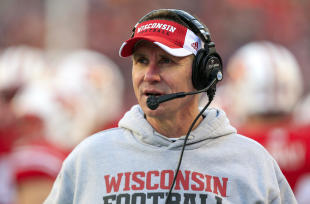 Gary Andersen is leaving Wisconsin to take the head coaching job at Oregon State. (AP)