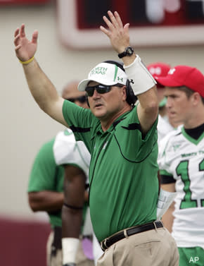 From the Hot Seat: Todd Dodge finds it's not easy being Mean Green