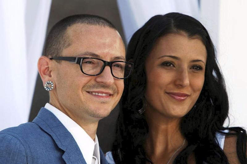 Linkin Park vocalist Chester Bennington and wife Talinda Ann Bentley arrive at the 2012 Billboard Music Awards in Las Vegas, May 20, 2012.