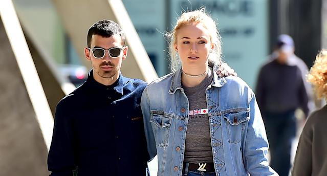 Joe Jonas and fiancée Sophie Turner don't let their height difference bother them. (Photo: Raymond Hall/GC Images)