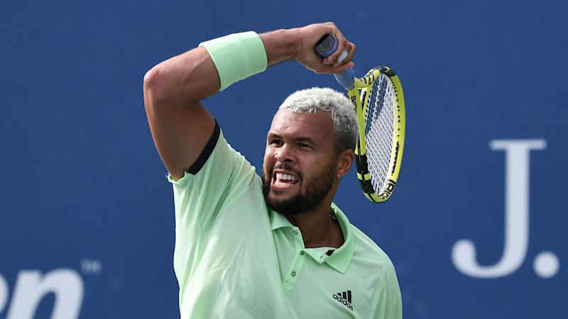 Tsonga through in Antwerp, Tipsarevic starts Stockholm swansong in style