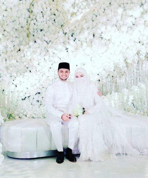 The wedding dais was themed Jabal Rahmah, inspired by the location where Adam and Eve were reunited on earth