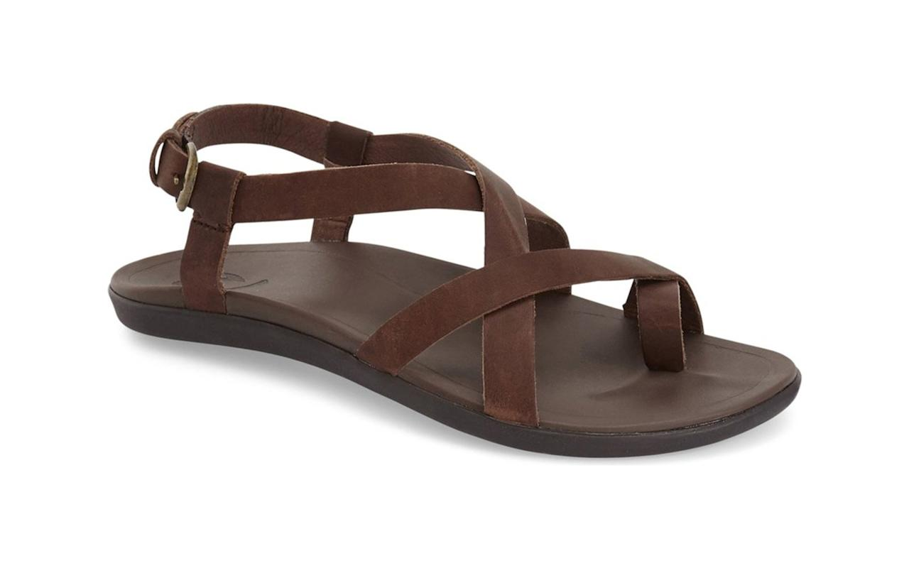 """<p>This rubber-soled sandal has a leather upper. The footbed is anatomically molded for comfort and support, whether you're just taking them down to the pool or walking the city in them for hours. The ankle strap provides an adjustable fit and the toe loop adds even more stability for your foot. For this pair, size up if you're normally a half size.</p> <p>To buy: <a href=""""https://click.linksynergy.com/deeplink?id=93xLBvPhAeE&mid=1237&murl=https%3A%2F%2Fshop.nordstrom.com%2Fs%2Fupena-sandal%2F4239075&u1=TL%2CGetRidofYourRubberFlip-flops%25E2%2580%2594TheseAretheComfyWalkingSandalsYouNeedInstead%2Cszypulsr%2CSHO%2CGAL%2C669994%2C201910%2CI"""" target=""""_blank"""">nordstrom.com</a>, $90</p>"""