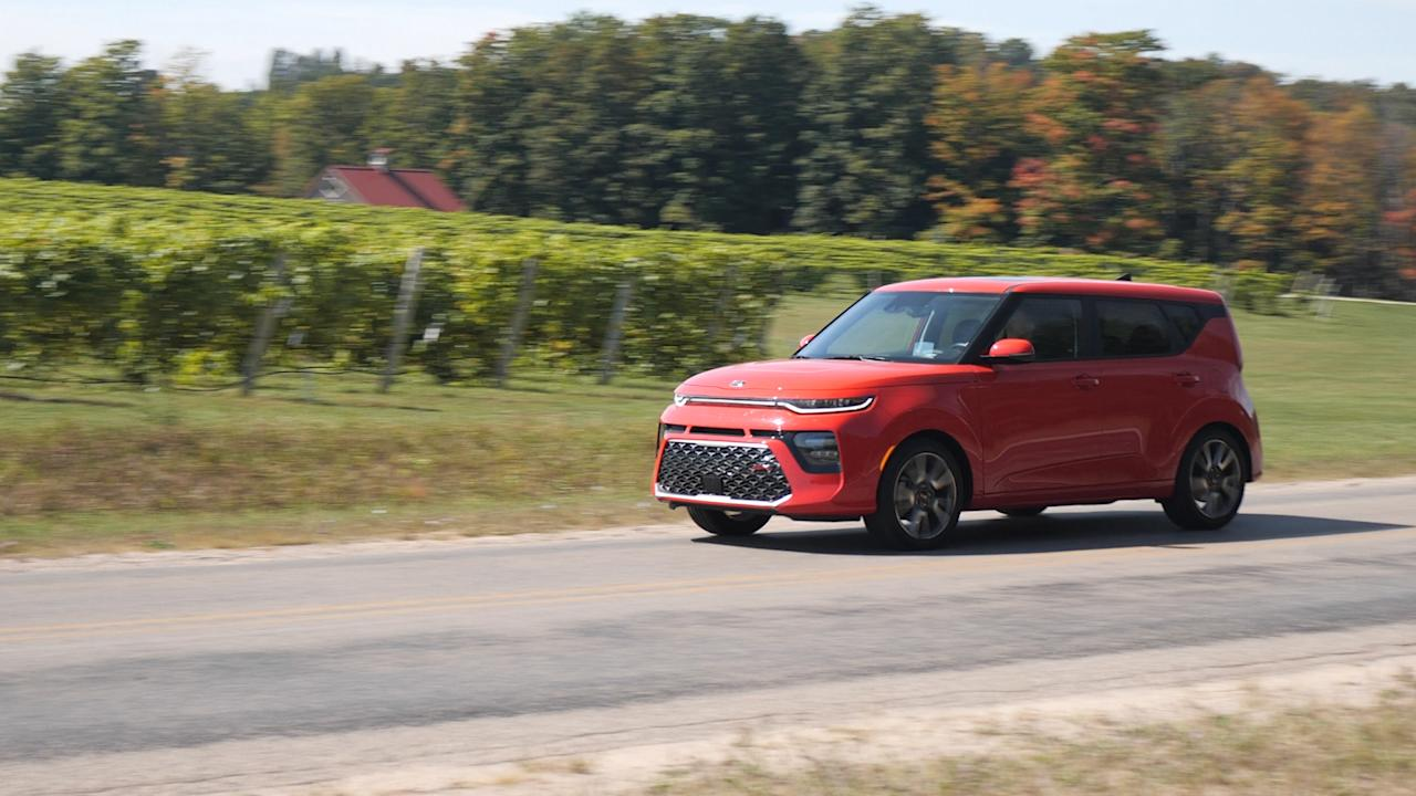 <p>It's almost impossible to describe the Kia Soul without using the word 'funky.' It offers good driving dynamics and a surprising amount of technology in a unique wrapper that manages to stand out in a good way.</p>