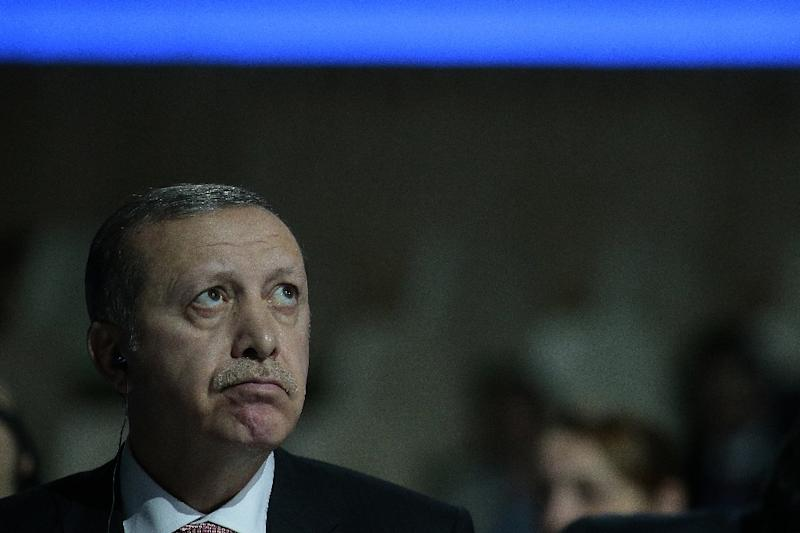 Turkish President Recep Tayyip Erdogan attends the COP21 United Nations conference on climate change on the outskirts of Paris on November 30, 2015 (AFP Photo/Jaques Demarthon)