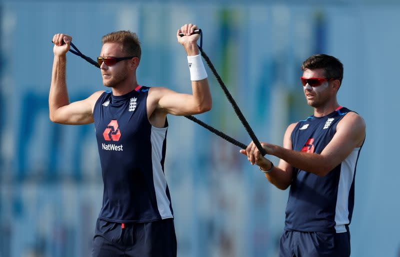Pietersen concerned about England pace post-Anderson, Broad