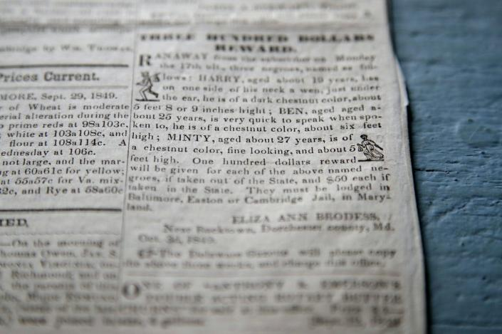 A runaway slave newspaper offers a reward for the return of Harriet Tubman and her brothers.
