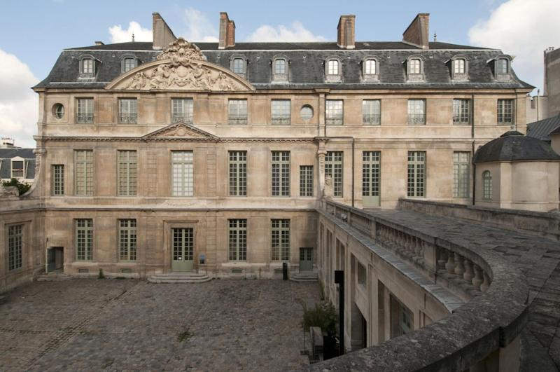 """This photo provided Monday May 12, 2014 by the Picasso Museum shows the facade of the museum. Paris proudly hosted Picasso for decades. But two controversies around the artist's legacy are now haunting French officials. One centers on the Paris Picasso Museum, where renovations have dragged for five years amid accusations of mismanagement, labor problems and clashes between the artist's family and the French government. The re-opening has now been pushed back until September _ after the summer tourist season. The other is about the fate of a Left Bank studio where Picasso lived and worked for 19 years, and painted his famed anti-war opus """"Guernica"""" in 1937. A historic preservation panel is meeting Tuesday to decide what's next. (AP Photo/Beatrice Hatala, Musee Picasso 2014)"""