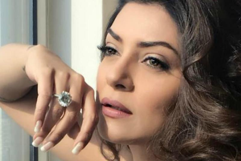 Sushmita Sen Announces Her Return to Bollywood After 10 Years