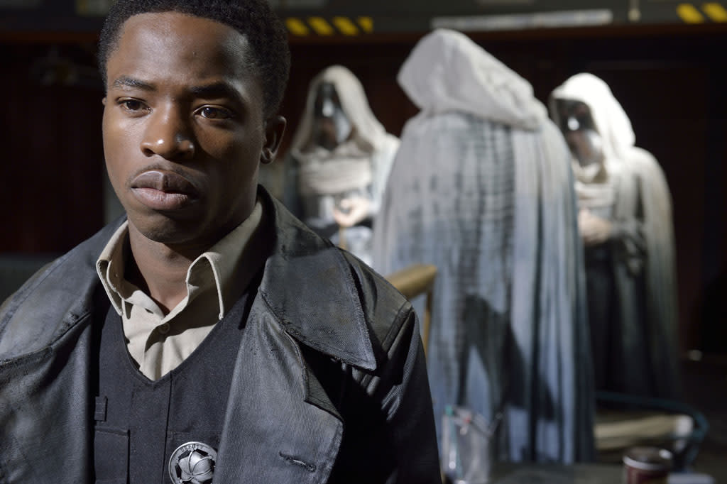 "Dewshane Williams as Tommy LaSalle in the ""Defiance"" epsiode, ""Past is Prologue."""