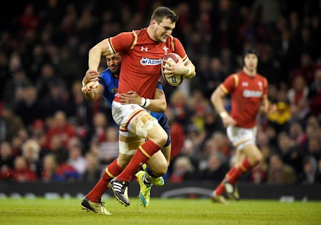 FILE PHOTO: Rugby Union - Wales v France - RBS Six Nations Championship 2016 - Principality Stadium, Cardiff, Wales - February 26, 2016 Sam Warburton of Wales makes a break for the try line REUTERS/Rebecca Naden/File Photo