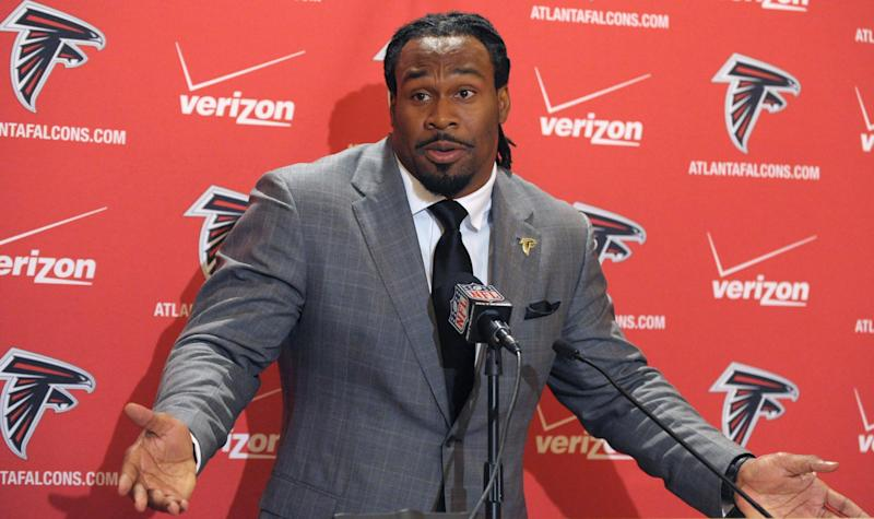 Atlanta Falcons running back Steven Jackson responds to questions during a news conference about his signing with the NFL football team, Friday, March 15, 2013, in Atlanta. (AP Photo/David Tulis)