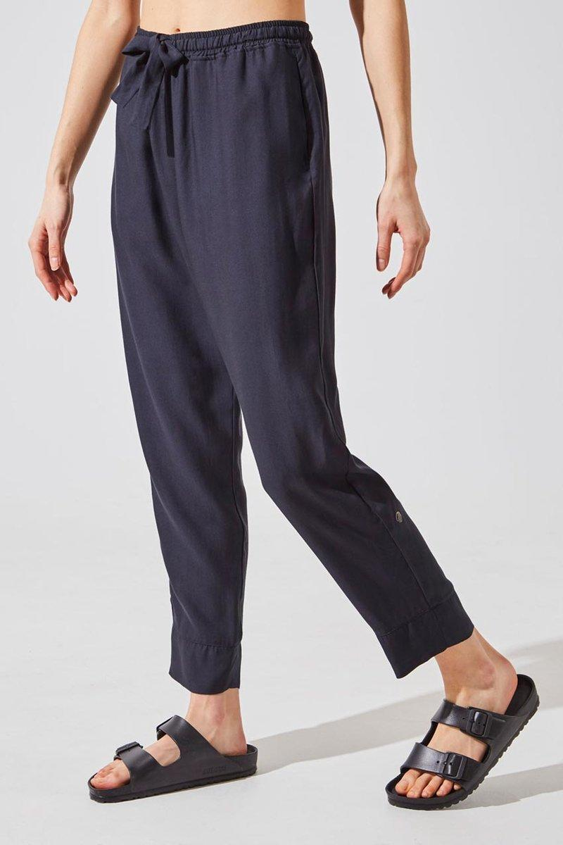 Crosstown Lenzing Lyocell Relaxed Pleated Pant. Image via MPG Sport.
