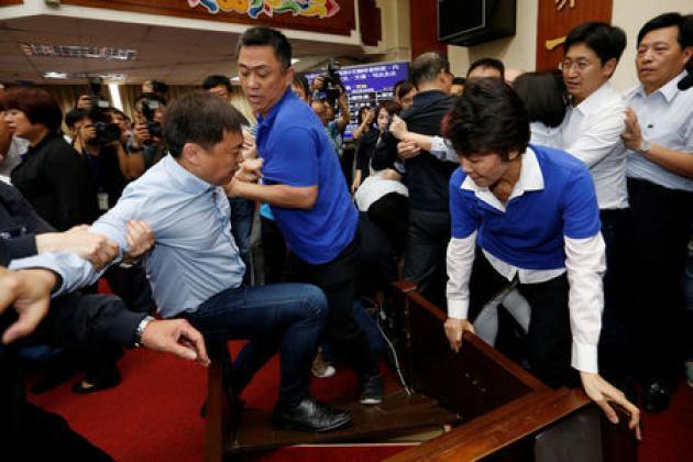 Taiwan politicians scuffle during heated spending debate