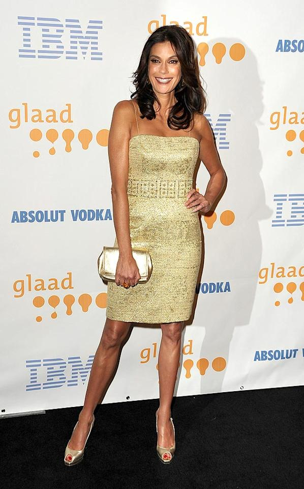 """Also in attendance ... """"Desperate Housewives"""" hottie Teri Hatcher, who glittered in an $800 gold tweed spaghetti-strapped Marchesa cocktail frock and metallic peep toes. Jordan Strauss/<a href=""""http://www.wireimage.com"""" target=""""new"""">WireImage.com</a> - April 18, 2009"""
