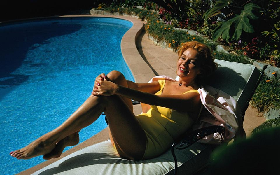 Rhonda Fleming at her California home in the late 1950s - Bettmann