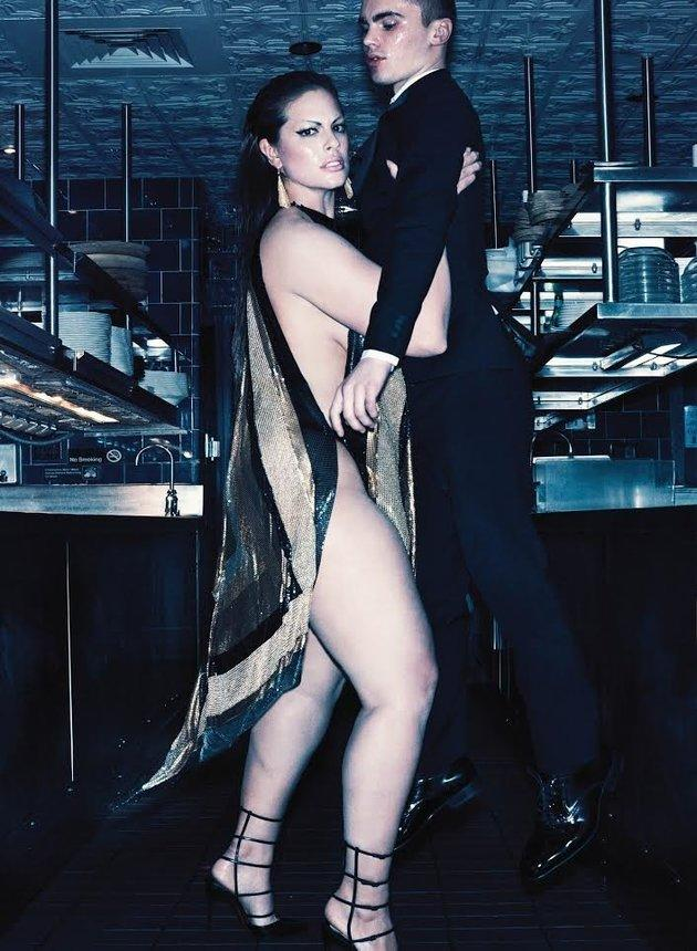 Ashley Graham is featured in V Magazine's January issue. (Photo: Steven Klein/V Magazine)