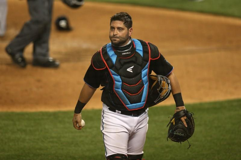 Longtime C Cervelli announces retirement