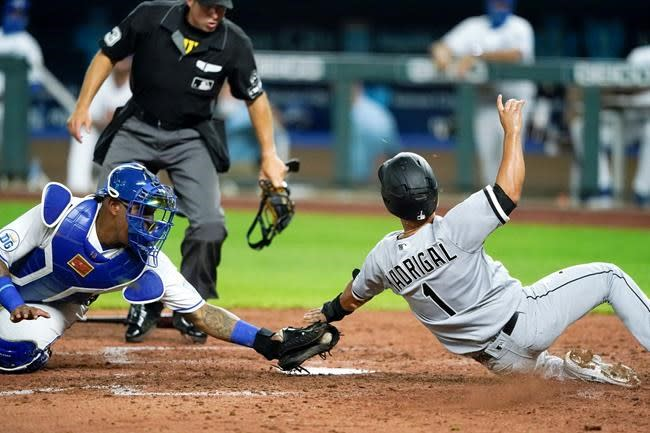 Engel, Keuchel lead White Sox to 3-2 victory over Royals