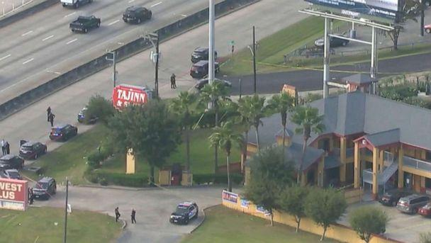 PHOTO: Officials at the scene outside the Taj Inn & Suites motel in Houston where police Sgt. Sean Rios was shot and killed, Nov. 9, 2020. (KTRK)