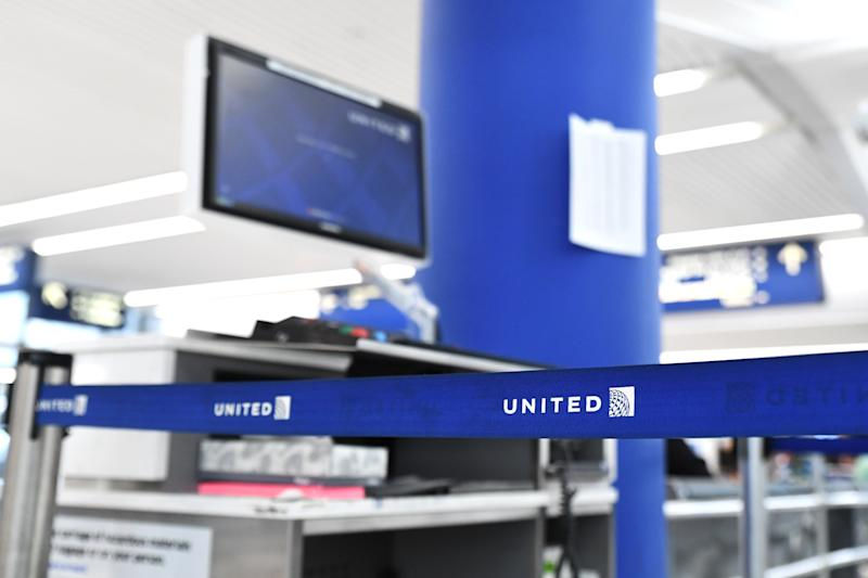 Doctor on Overbooked United Flight Tells Cops, 'I Won't Go'